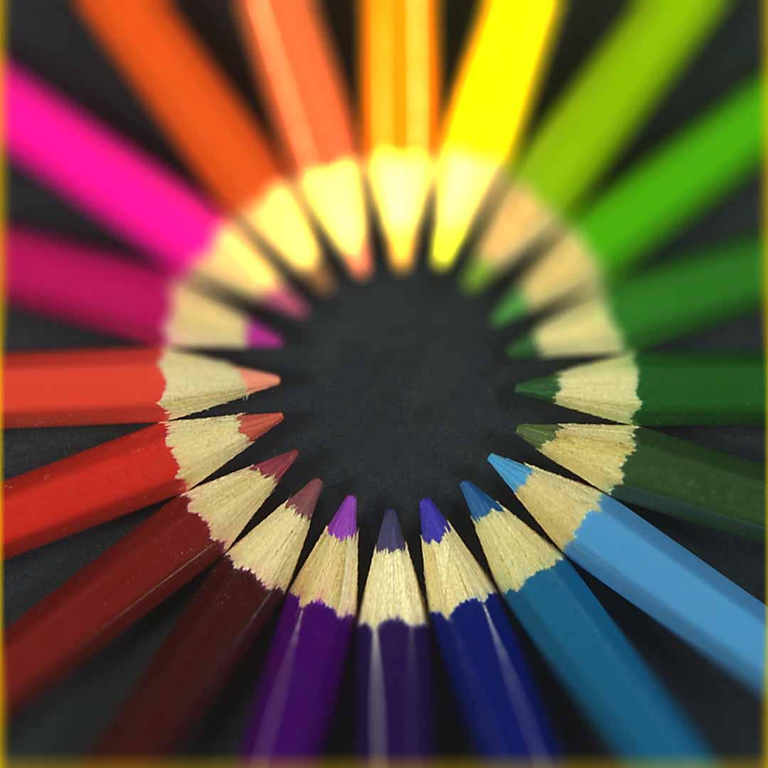 انتخاب رنگ با چرخ رنگها